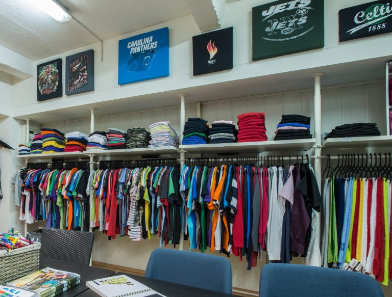 5 reasons why your business needs printed T-shirts ASAP
